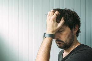 A man suffers through xanax withdrawal symptoms